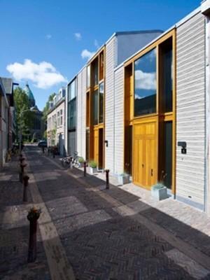 Exterior of VIL iaal, Jeroen Musch 2004