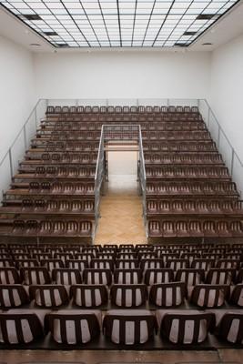 Grandstand, Ilona Németh 2012, Foto Jozsef Rosta