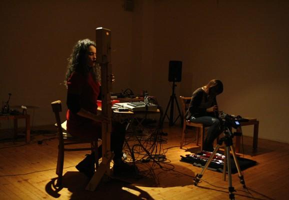 Konzert mit Angélica Castello, Skolska 28 (Prag), Dafne Vicente Sandova, Foto: Katerina Ratajova