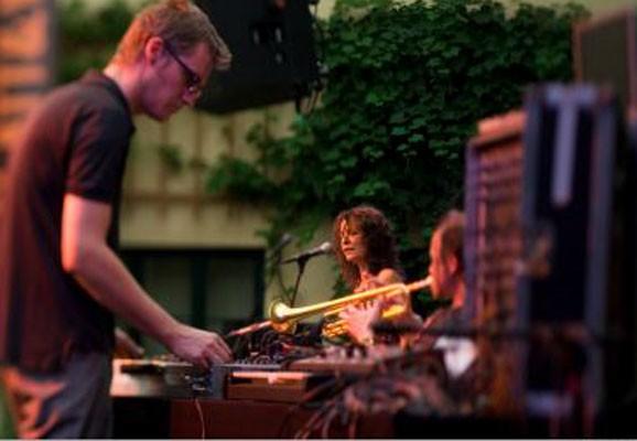 Lucia, Glatt & Verkehrt 2007, Photo: Lukas Beck