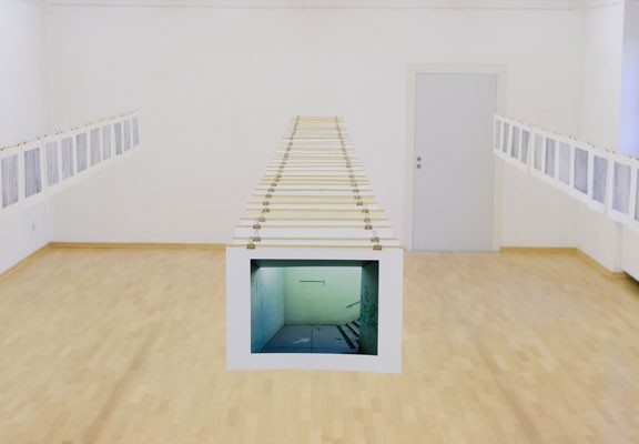 Installation view, Michael Tweed 2008, Photo: Eduardo Hirose