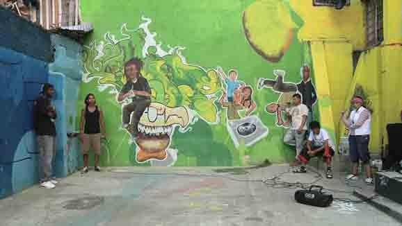 Bálsamo y espejo , Cova Macías, video still 2011