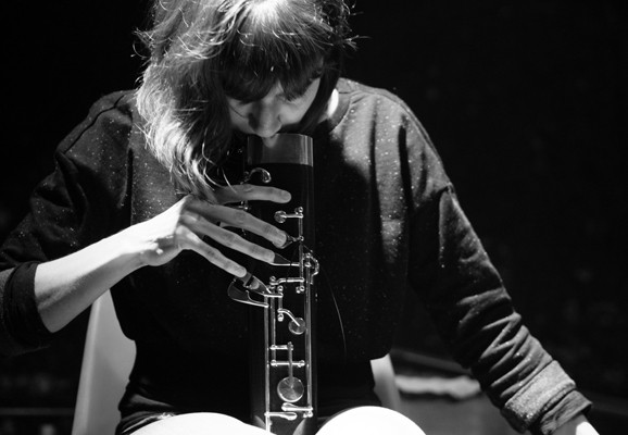 Concert in duo with Xavier Lopez at Rhiz (Vienna), Dafne Vicente-Sandoval, photo: Arnold Haberl