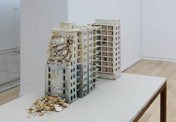 Twin Towers , Photo:Tom Van Eynde, Installation Beirut