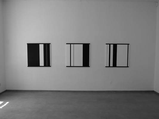 BETWEEN CORNERS , Michal Škoda, installation view 2012, Topičův Club, Prague