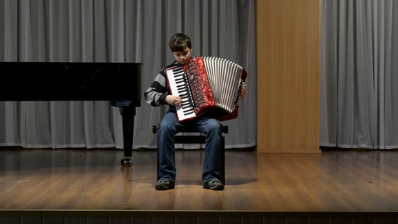 Accordionist, Akvilė Anglickaitė, still from video film Accodionist, 2014